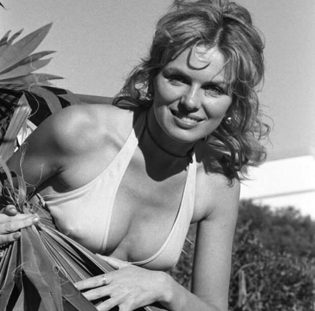 Юлие Эге - симпатичная актриса родом из Скандинавии