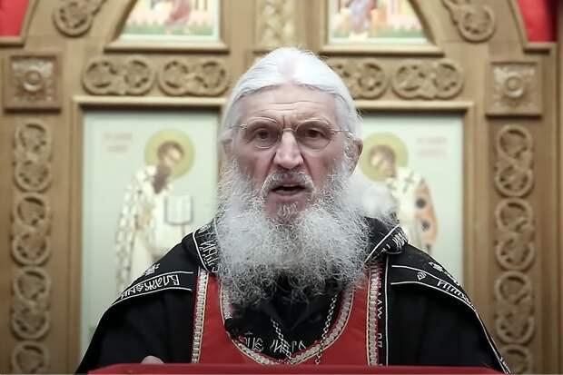 Отрицающему коронавирус российскому священнослужителю запретили проповедовать