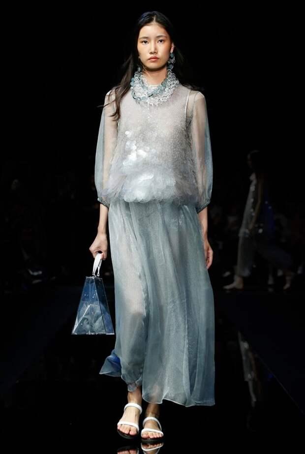 Топ 10 – платья в морском стиле
