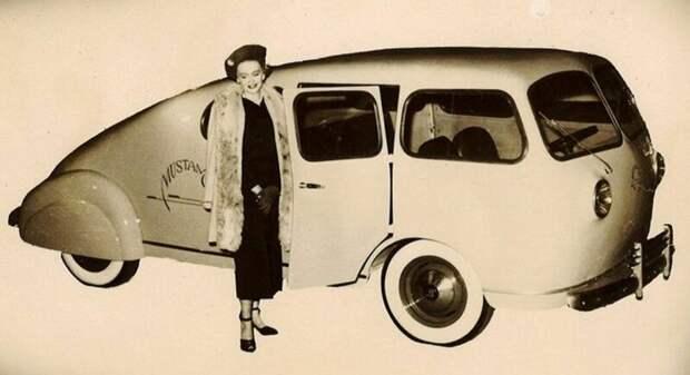 Несуразный клиновидный вагончик Mustang, собранный из деталей разных фирм. 1948 год авто, автомобили, атодизайн, дизайн, интересный автомобили, олдтаймер, ретро авто, фургон