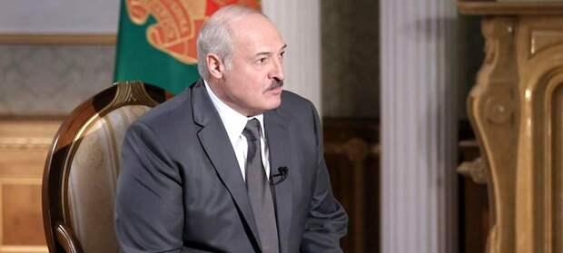 Лукашенко гонит из белорусского огорода Польшу и Литву
