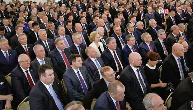 Государственная должность в России это источник кормления.