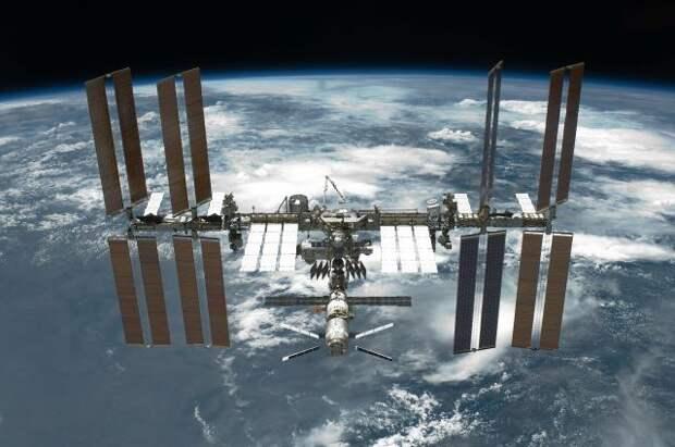 МКС совершила «кувырки» во время сбоя в модуле «Наука»