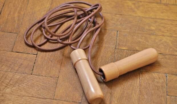 «Била и буду бить»: учителя из Уфы обвинили в буллинге и издевательствах со скакалкой