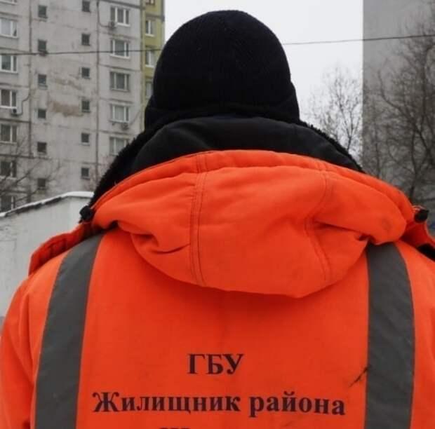 На улице 800-летия Москвы устранили подтопление