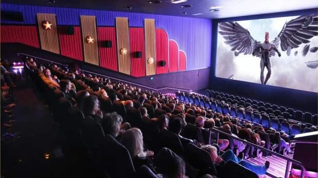 В России ограничивают показ фильмов Universal и Warner Bros