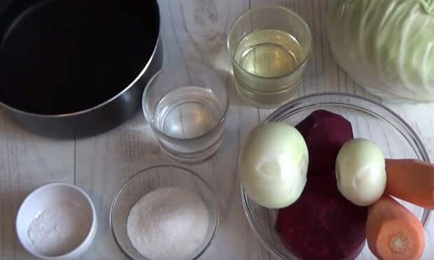 Салат из капусты и свеклы: витамины в любое время года и не надоедает