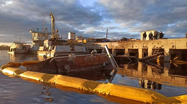 Буксир затонул на Волге в Нижегородской области