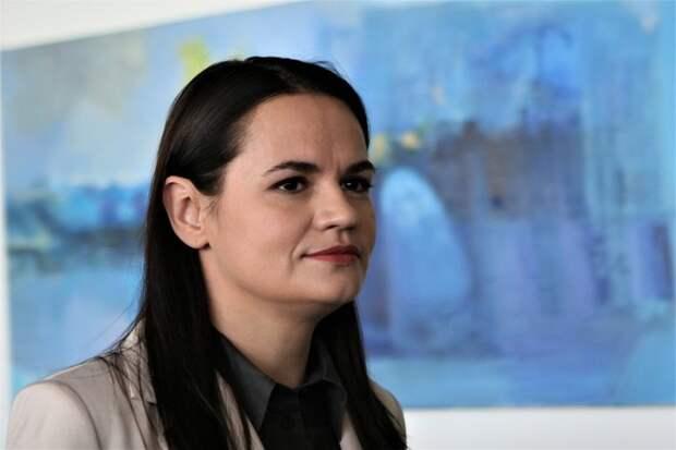 Тихановская заявила о финансировании Россией разгонов протестующих