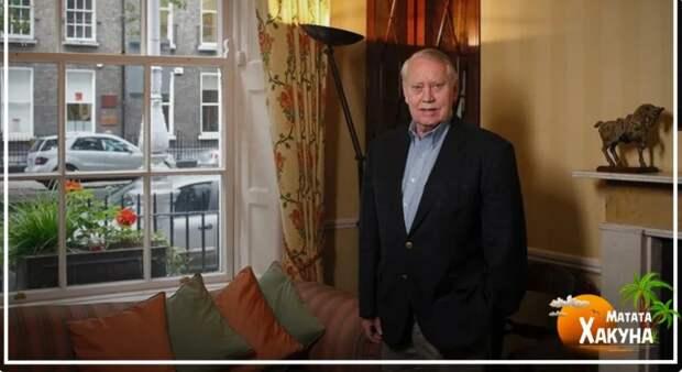 Почему миллиардер Чарльз Фини летает эконом-классом и живёт на съёмной квартире