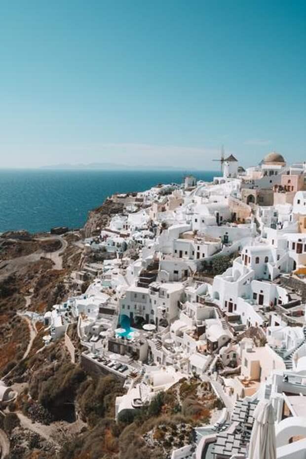 Вице-президент АТОР Горин оценил отмену ограничений на въезд в Грецию