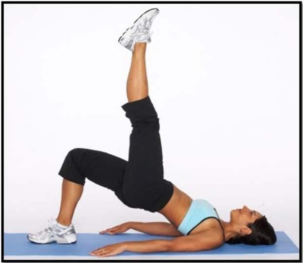 упражнения от растяжек на бедрах и ягодицах 2