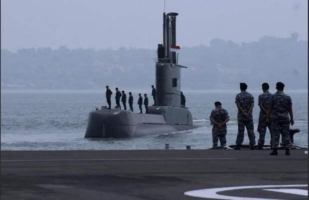 В Индонезии пропала подводная лодка — на борту находятся 53 человека