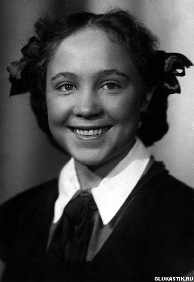 Знаменитые школьники – советские актеры в детстве (19 фото)