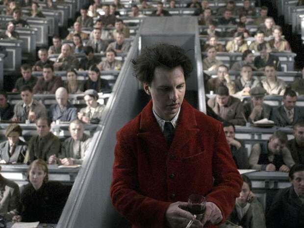 10 лютых фактов про фильм «Дау», актерам которого пришлось два года жить как при Сталине