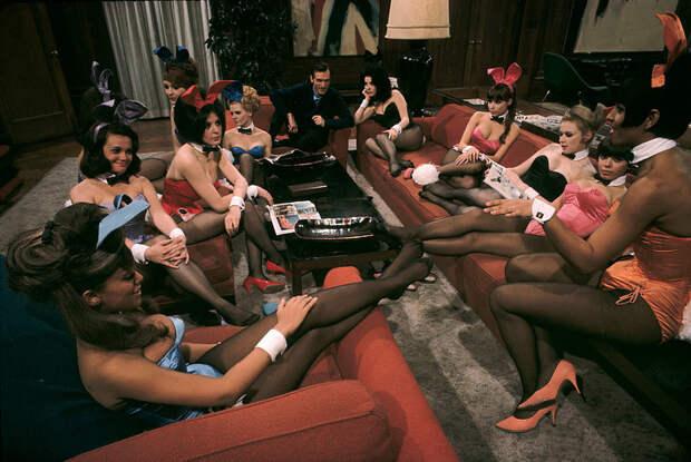 Hugh Hefner, Playboy founder, at his mansion, Chicago, 1966. by Burt Glinn.jpg