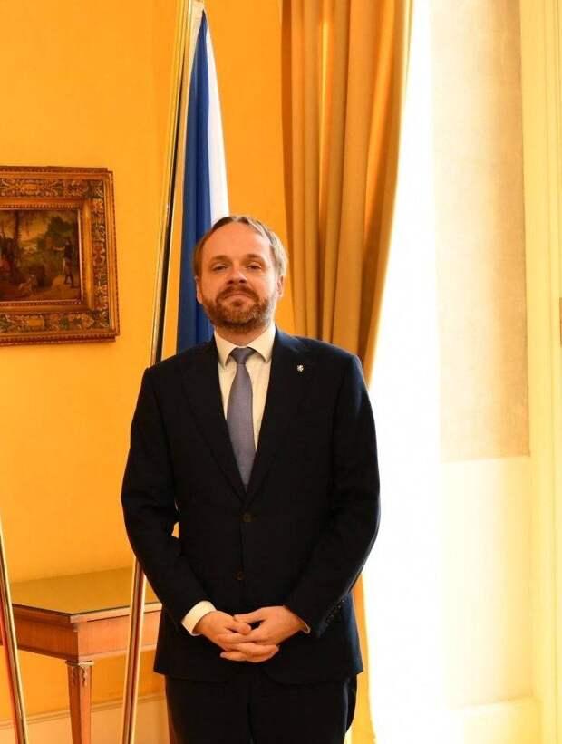 В России комментируют инициативу главы МИД Чехии о необходимости восстановления отношений с Москвой