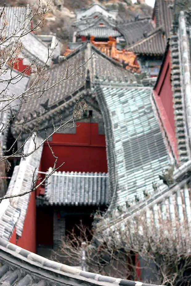 Священная даосская гора Тайшань