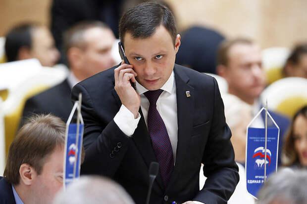 Четырбок попал в ТОП-10 самых упоминаемых политиков Петербурга