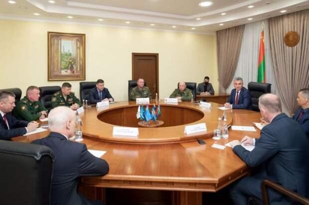 ВПриднестровье сверяют часы своенными России, вМолдавии— спослом США иФБР