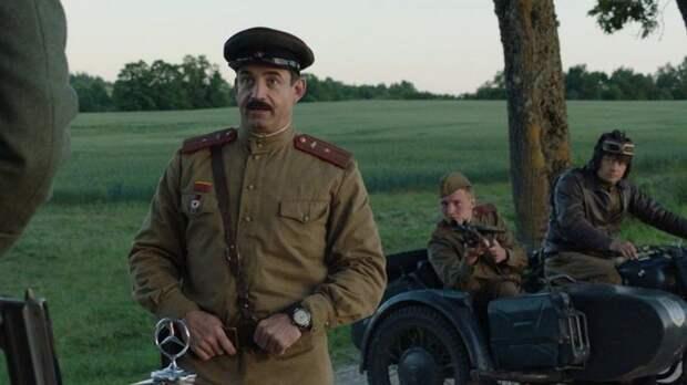 «Мне не стыдно»: Дмитрий Певцов прокомментировал критику фильма «На Париж»