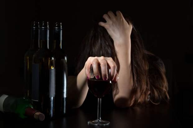 Ученые: алкоголизм меняет активность генов
