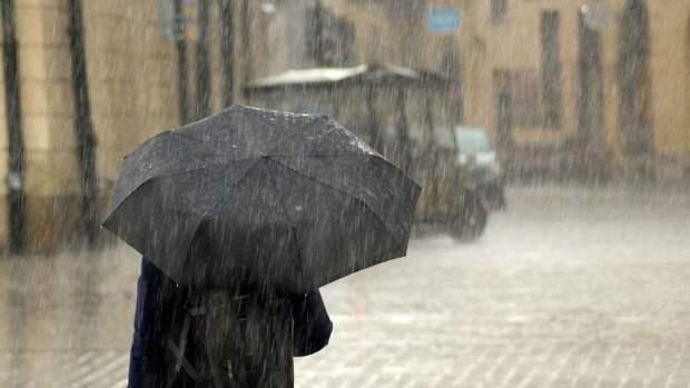 Петербуржцев предупредили об ухудшении погоды 15 мая