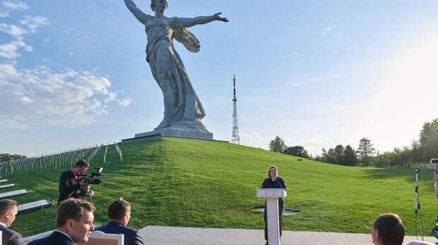 Лебедев обрушился на главный символ Победы: Это такая хрень, которую нельзя снести