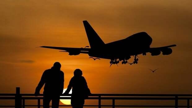 СМИ сообщили о ряде рейсов российских компаний в облет Белоруссии