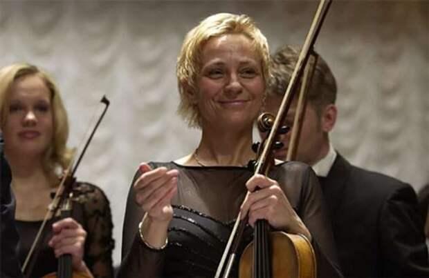 Ее голосом пели почти все дети в советских фильмах. Как сложилась судьба Светланы Степченко (1 фото + 7 видео)