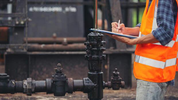 Авария в Коми привела к разливу 90 тонн нефтесодержащей жидкости