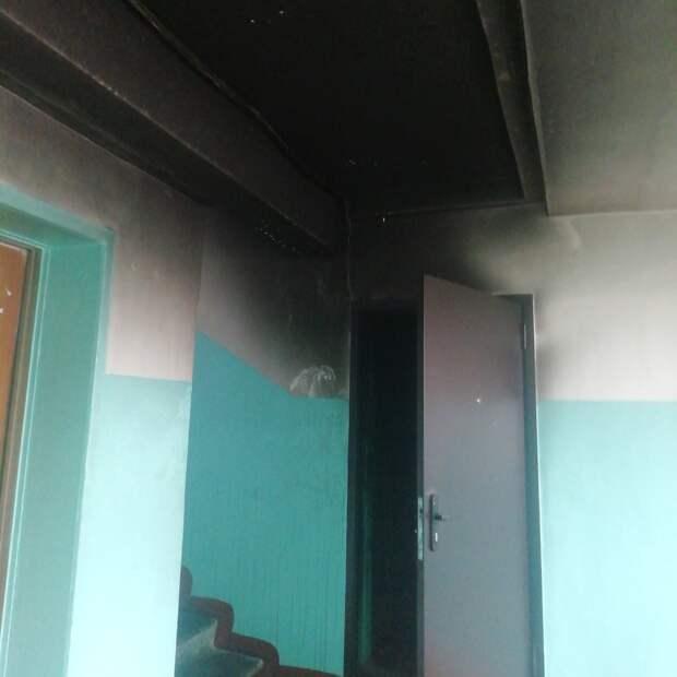 Пожар произошел в многоквартирном доме на улице Сабурова в Ижевске