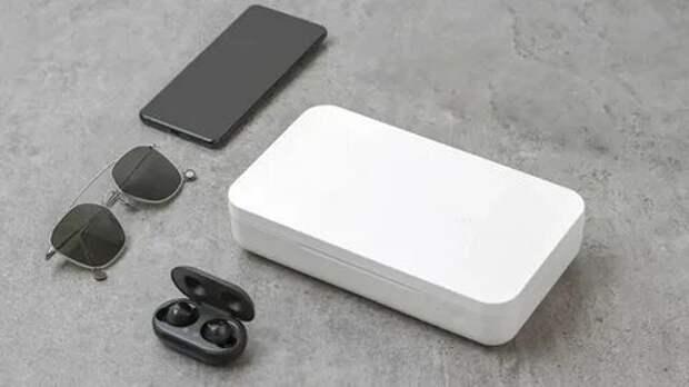 Компания Samsung представила УФ-стерилизатор для смартфонов