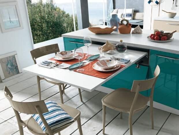 С помощью выдвижного стола можно организовать обеденную зону. | Фото: tavoloshop.com.