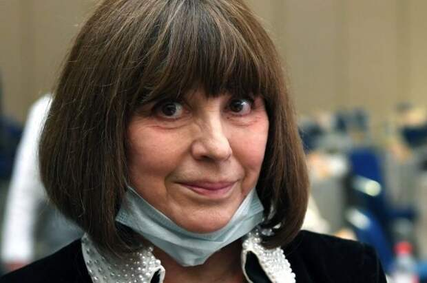 СМИ: в Москве госпитализирована Наталья Варлей
