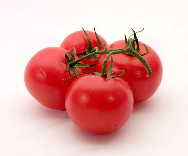 Плоды томата.