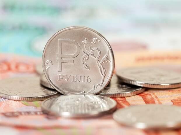 Аналитик оценил вероятность резкого взлета курса рубля