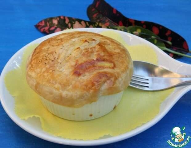 Рецепт: Куриный пирог в горшочке