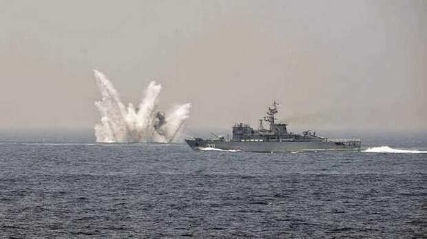 Фрегат «Адмирал Эссен» ударил ракетами рядом скораблями США вЧерном море