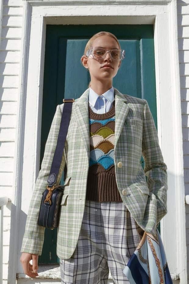 Мешаем смело: покажу на примерах, как в 2021 году стилисты советуют комбинировать принты