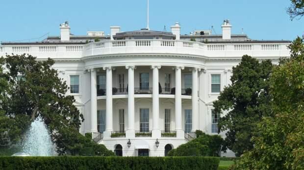 Профессор Дрезнер заявил, что санкции США против РФ ускоряют падение Вашингтона