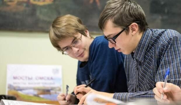 На вступительные испытания в медиаклассы записались более 3 тысяч школьников Москвы