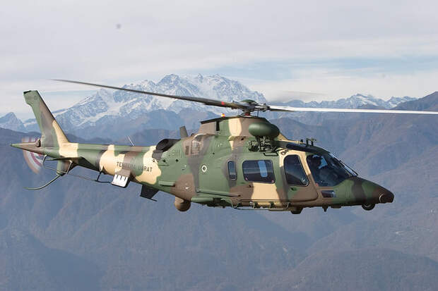 Легкий многоцелевой вертолет AW109 с его максимально допустимой скоростью 311 км/час и крейсерской 285 км/час - одна из самых популярных машин среди себе подобных. «Стодевятый» производства англо-итальянского концерна AugustaWestland закуплен армиями многих стран, включая ЮАР, Швецию, Новую Зеландию и Малайзию.