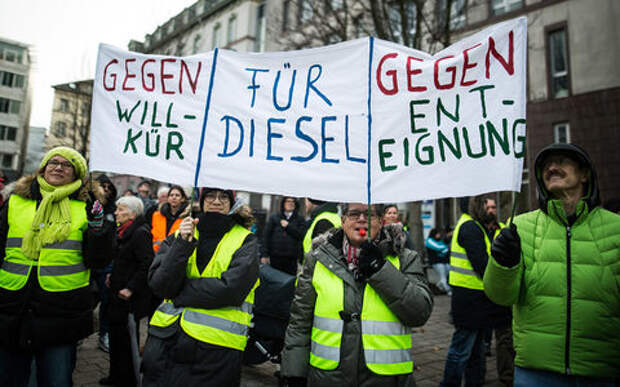 Немцы выступают против запрета дизельных автомобилей. Уже появились свои «желтые жилеты»