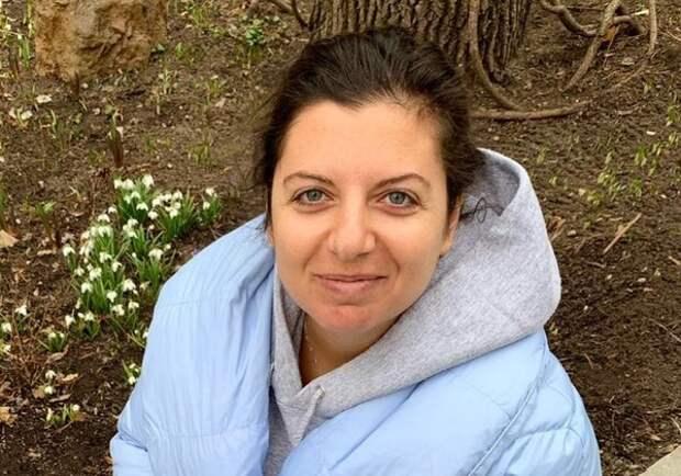 Маргарита Симоньян перестала скрывать лица детей - показала видео со смешным танцем
