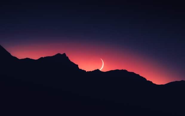 Первое место команды из Удмуртии на хакатоне, обязательная вакцинация в Якутии и лунное затмение: что произошло минувшей ночью
