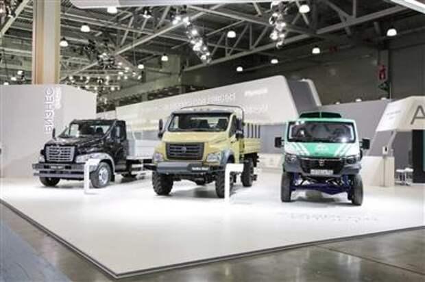 """""""ГАЗ"""" представил 15 новых моделей автомобилей и автобусов"""