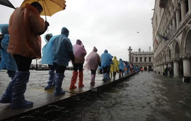 Венецию затопило из-за обильных дождей
