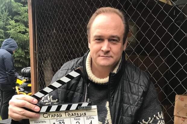 Курьер объяснил, почему избил актера «Склифосовского» Рыжикова