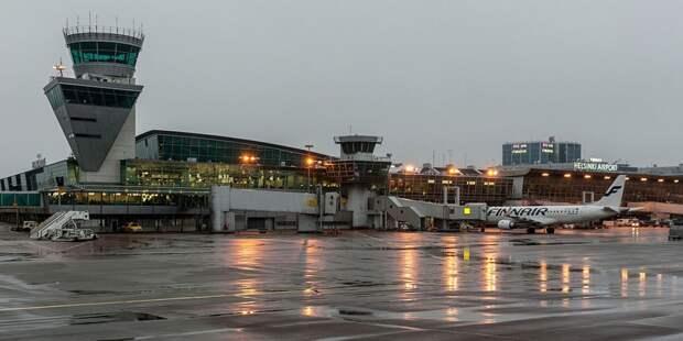 Самолет из Уханя доставил на родину 30 граждан Вьетнама